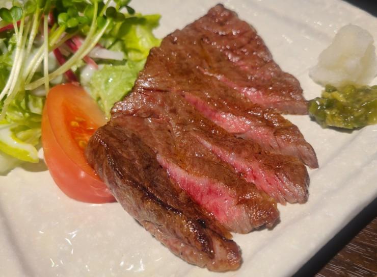 あぶり焼き 魚喜水産「飛騨牛ロース定食」